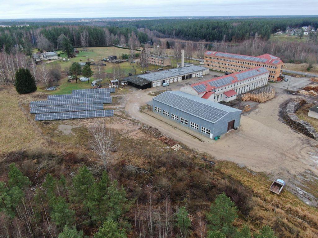 Võru tööstuslinnaku päikeseelektrijaamade kompleks